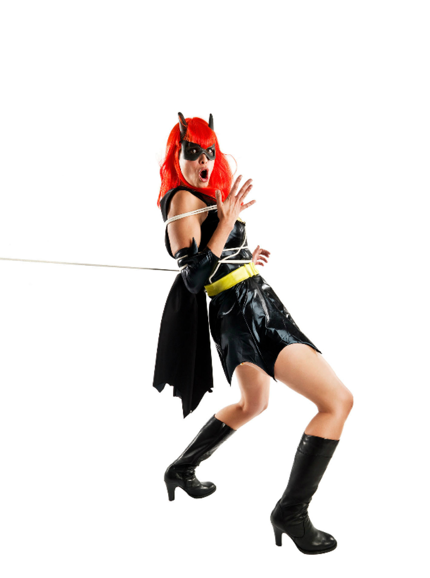 Tough-Guys_06_Bat-Girl.jpg